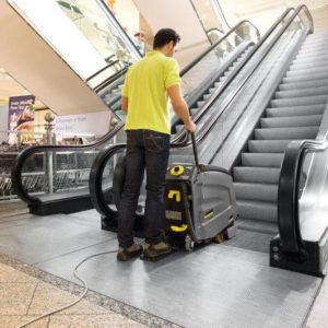 Аппараты для очистки лестниц и эскалаторов